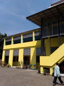 Középiskola Surabayaban (Indonézia, Jáva sziget)