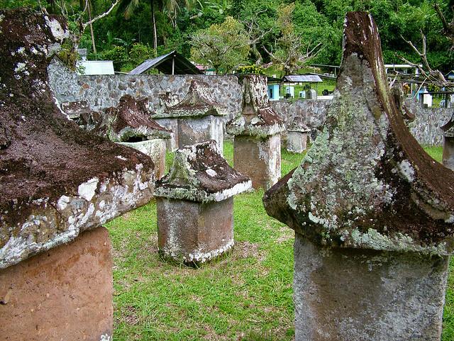 Megalitok Tompanso közelében