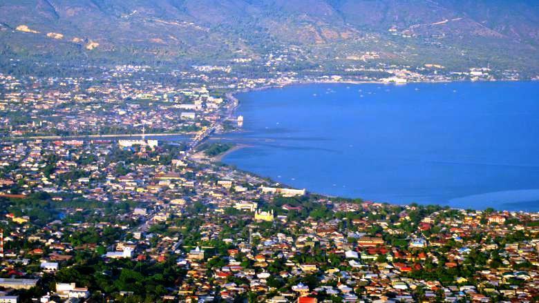 Palu városképe, Közép-Celebesz