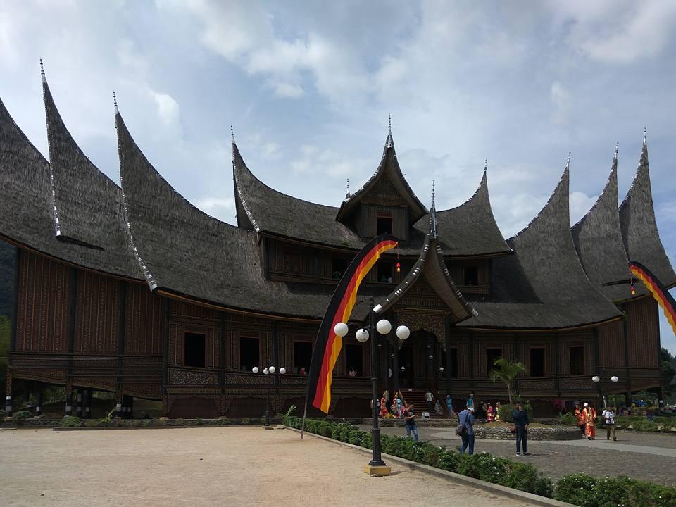 Tradicionális ház Batusangkarban
